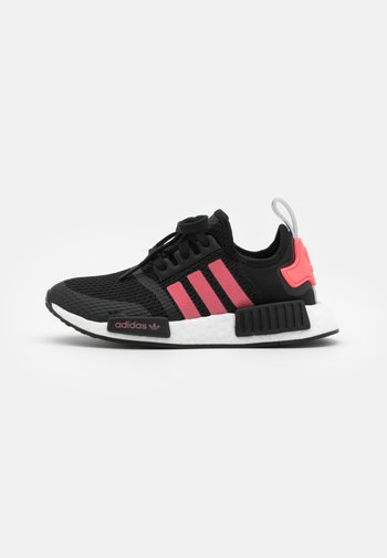 NMD_R1 BOOST SPORTS INSPIRED SHOES UNISEX - Trainers - core black/signal pink/footwear white