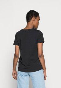 Culture - CUGABRIELLA - Print T-shirt - black - 2