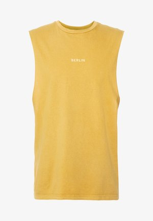 BERLIN PLACES  - Basic T-shirt - mustard