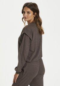 Kaffe - Pantalon classique - grey brown w. silver lurex - 4