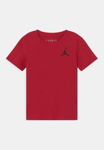 JUMPMAN AIR - Basic T-shirt - gym red