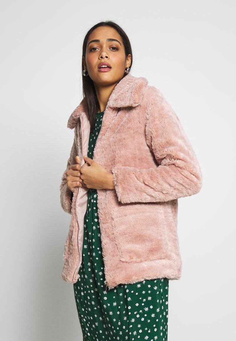 New Look - ISLA PATCH POCKET BORG - Light jacket - pink