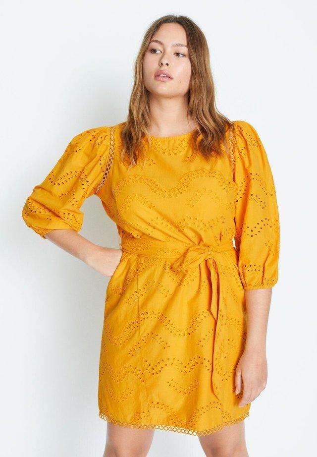 TIROL - Vestido informal - gelb