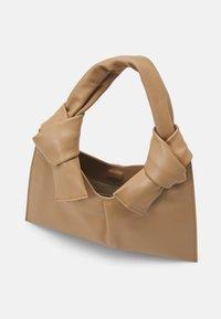 Little Liffner - KNOT EVENING BAG - Handbag - beige - 3