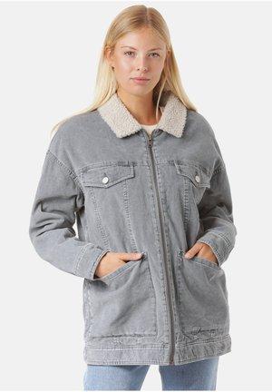 Winter jacket - surf blue