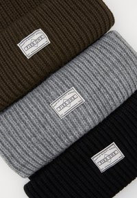 Pier One - 3 PACK - Lue - black/lightgrey/live - 2