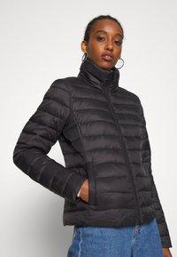 Vila - VISIBIRIA SHORT JACKET - Light jacket - black - 0