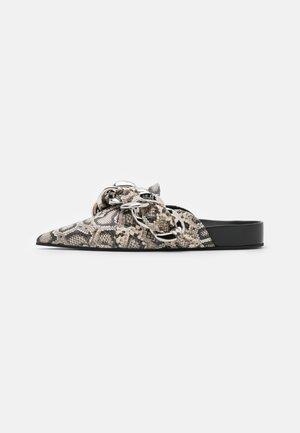 SABOT FUSSBETT - Pantofle - rock