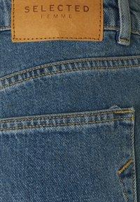 Selected Femme - MOM - Straight leg -farkut - medium blue denim - 2