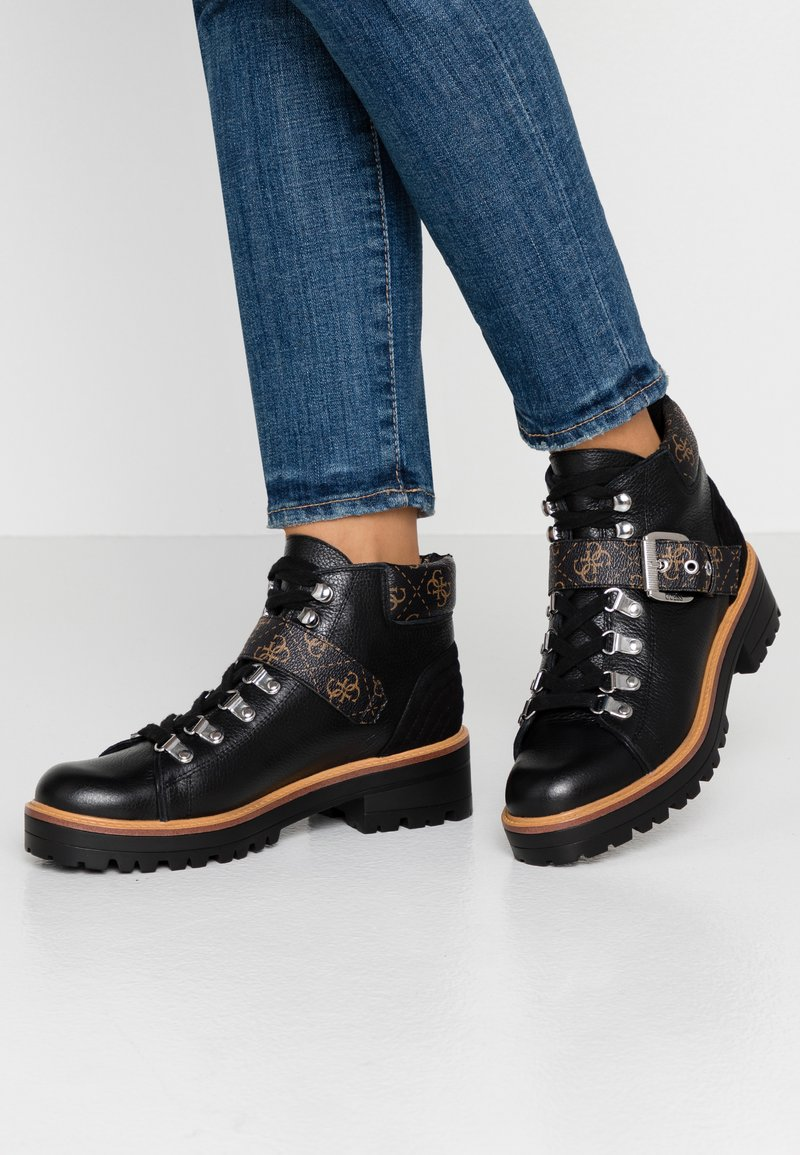 Guess - IRVIN - Ankle boots - black/brass
