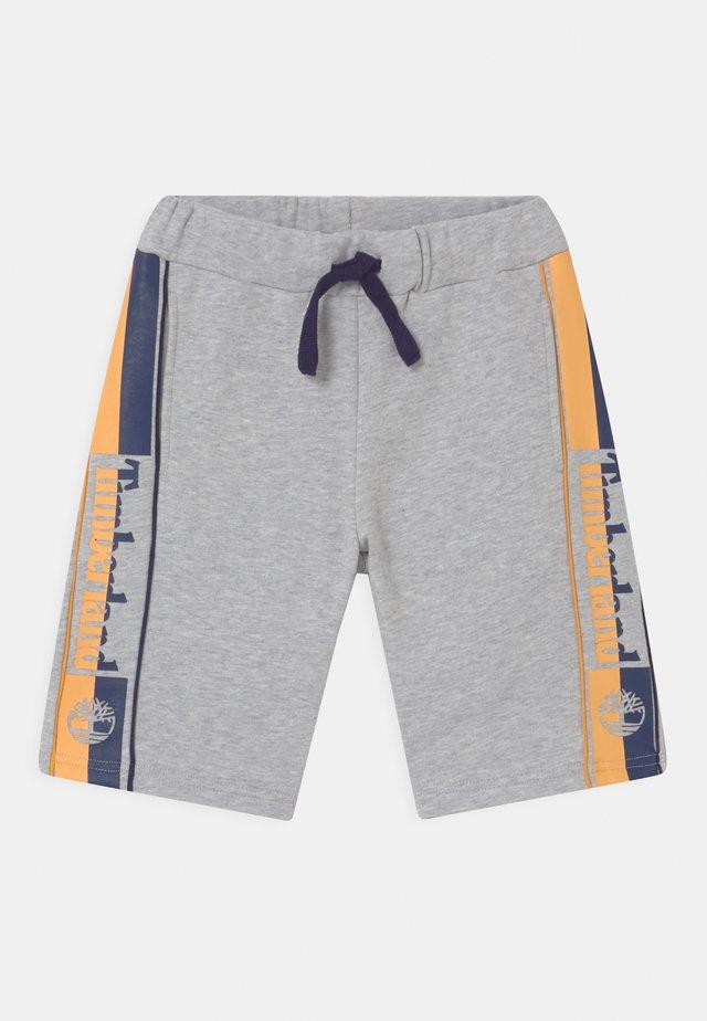 Shorts - chine grey