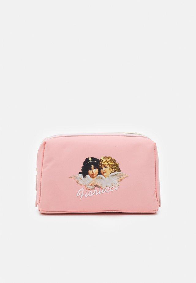 ANGELS COSMETICS BAG - Toilettas - pink