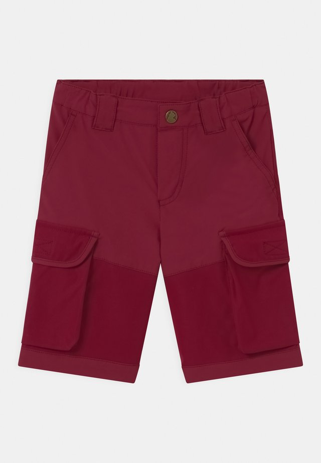 ORAVA UNISEX - Outdoorshorts - beet red