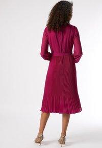 Dorothy Perkins - BILLIE AND BLOSSOM - Robe d'été - pink - 1