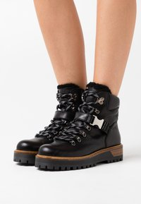 Alpe - TIANA - Ankle boots - black - 0