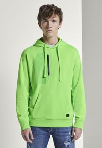 TOM TAILOR DENIM - STRICK & SWEATSHIRTS OVERSIZED KAPUZENSWEATER - Hoodie - neon lime green - 0