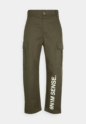 PANTS UNISEX - Pantalon cargo - khaki