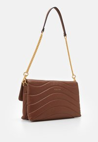Escada - SHOULDER BAG - Borsa a mano - cognac