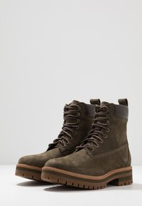 Timberland - COURMA GUY BOOT WP - Schnürstiefelette - olive - 2