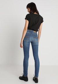 Nudie Jeans - HIGHTOP TILDE - Jeansy Skinny Fit - blue stellar - 2