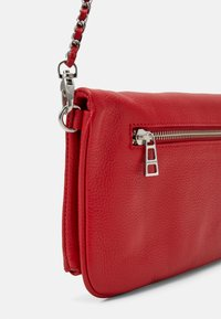 Zadig & Voltaire - ROCK GRAINED - Clutch - passion - 3