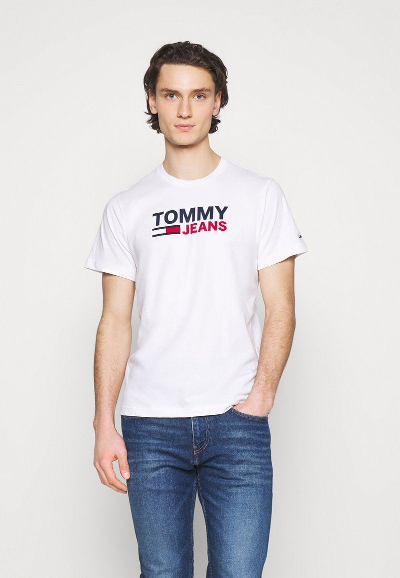 Tommy Jeans - CORP LOGO TEE - T-shirt med print - white