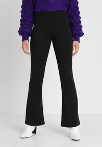 ONLY - ONLFEVER FLARED PANTS - Spodnie materiałowe - black - 0