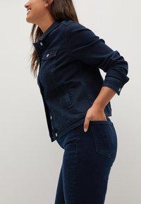 Violeta by Mango - SOFIA - Jeans Skinny Fit - intensives dunkelblau - 4