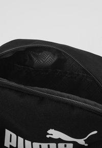 Puma - PHASE WAIST BAG - Bum bag - black - 4