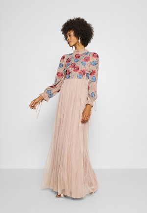 EMBROIDERED FLORAL MAXI DRESS WITH BISHOP SLEEVES - Gallakjole - taupe blush