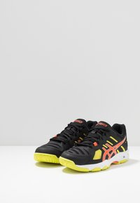 ASICS - GEL-BEYOND - Volleyball shoes - black/koi - 2
