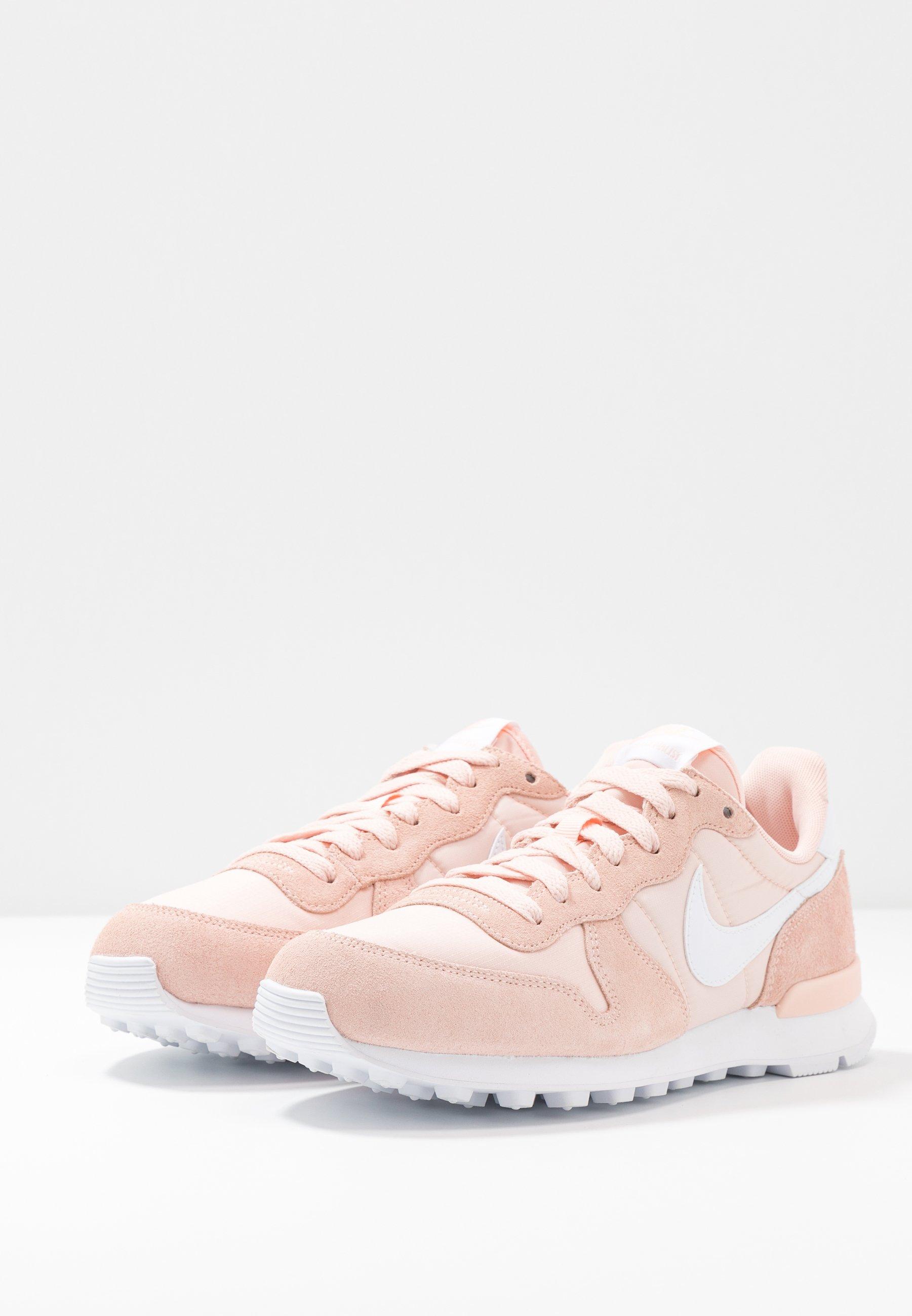 Nike Sportswear INTERNATIONALIST Sneaker low washed coral/white/koralle