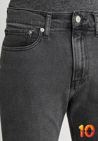 Calvin Klein Jeans - 016 SKINNY - Skinny džíny - copenhagen grey - 3