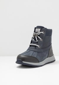 UGG - TURLOCK - Lace-up ankle boots - black/sapphire - 2
