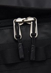 The North Face - BASE CAMP DUFFEL XL UNISEX - Sports bag - black/white - 6
