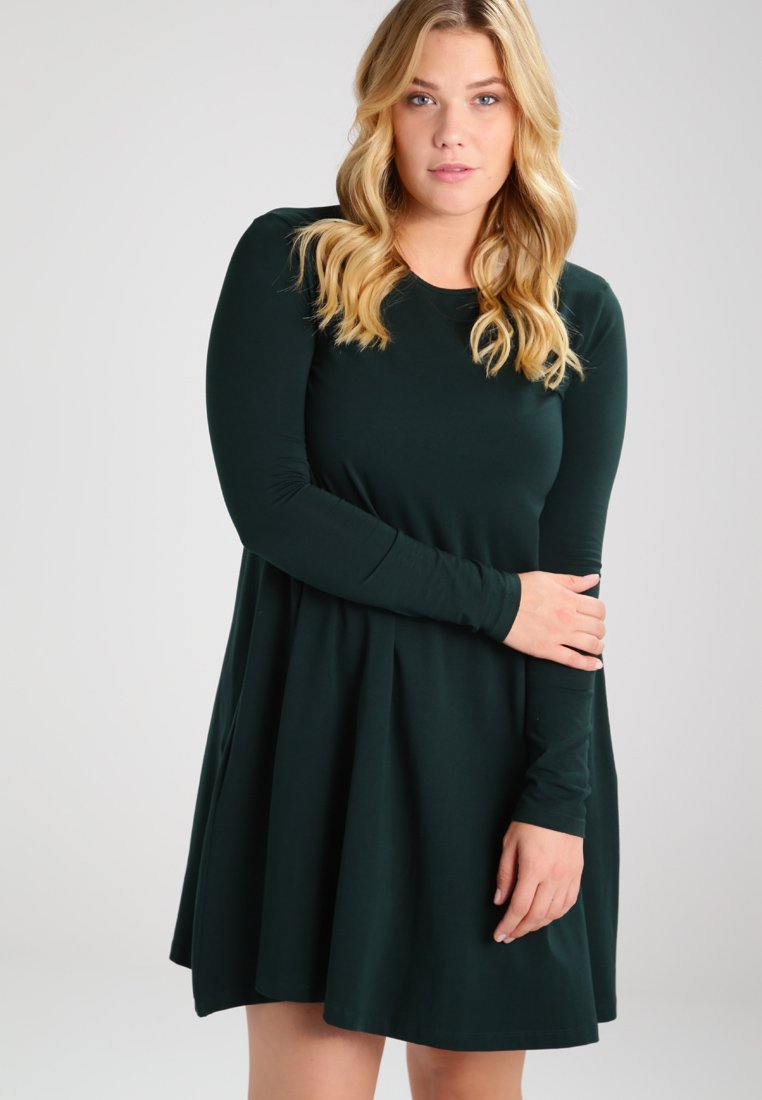 Zalando Essentials Curvy - Jersey dress - dark green