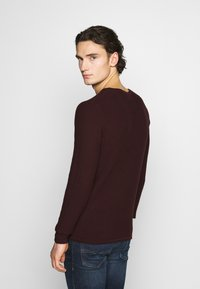 Jack & Jones PREMIUM - CARLOS NOOS - Jumper - port royale - 2