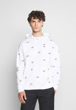 CRITTER HOODIE - Sweatshirt - white