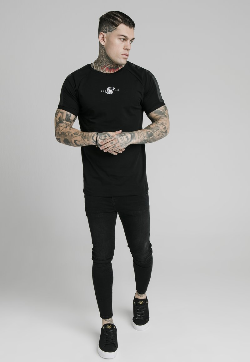 SIKSILK - T-shirt print - black