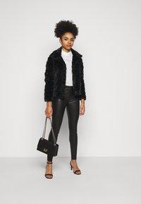 VILA PETITE - VIALIBA JACKET - Winter jacket - black - 1