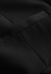Matinique - BRECK STRETCH - Gilet elegante - black - 9