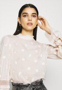 Fabienne Chapot - LEO INDY - Bluser - off-white - 3