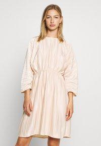 NA-KD - PLEATED OPEN BACK DRESS - Day dress - light pink - 0
