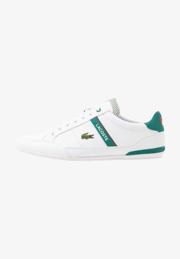CHAYMON - Sneakers - white/green