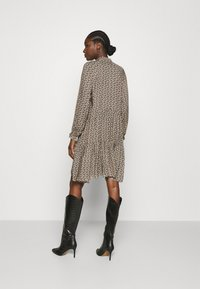 Second Female - FRANK DRESS - Robe d'été - black - 2