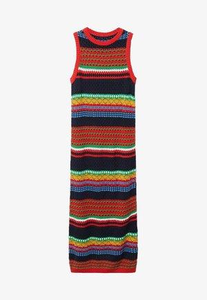 COLORI - Shift dress - rouge