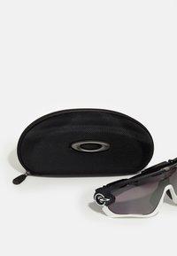 Oakley - JAWBREAKER - Sportovní brýle - matte black - 3