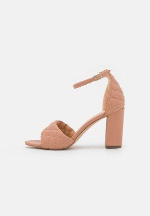 BLENND - Sandály na vysokém podpatku - caramel paris