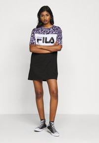 Fila Petite - ALLI TEE DRESS - Jersey dress - black/sand verbena/bright white - 1