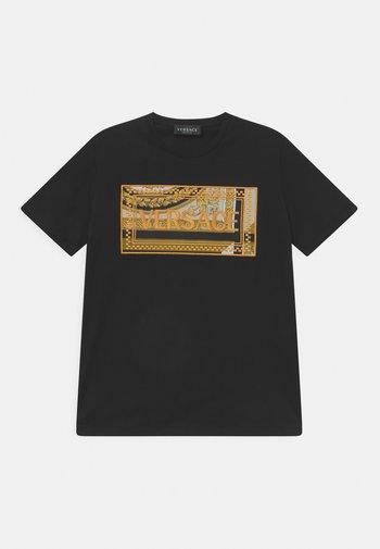 HERITAGE EMBRODER UNISEX - Print T-shirt - black/gold